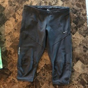 Nike Dri-Fit Capri Leggings